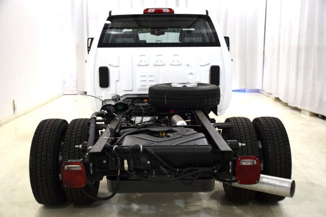 2018 Sierra 3500 Crew Cab DRW 4x4,  Cab Chassis #83462 - photo 7