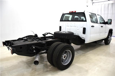 2018 Sierra 3500 Crew Cab DRW 4x4,  Cab Chassis #83462 - photo 2