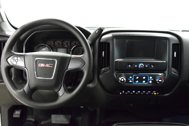2018 Sierra 3500 Crew Cab DRW 4x4,  Cab Chassis #83639 - photo 22