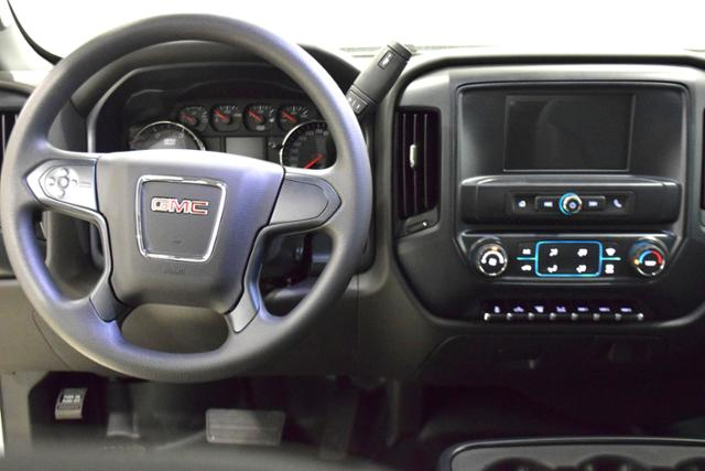 2018 Sierra 3500 Crew Cab DRW 4x4,  Cab Chassis #83734 - photo 9