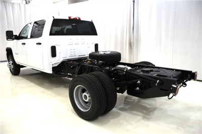 2018 Sierra 3500 Crew Cab DRW 4x4,  Cab Chassis #83734 - photo 8