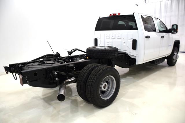 2018 Sierra 3500 Crew Cab DRW 4x4,  Cab Chassis #83741 - photo 2