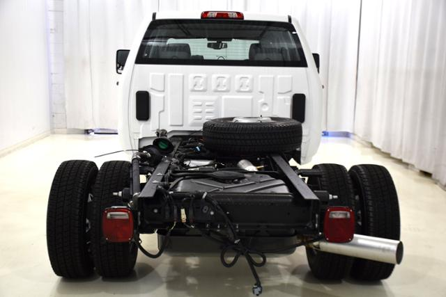 2018 Sierra 3500 Crew Cab DRW 4x4,  Cab Chassis #83849 - photo 7