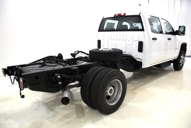 2018 Sierra 3500 Crew Cab DRW 4x4,  Cab Chassis #83866 - photo 2
