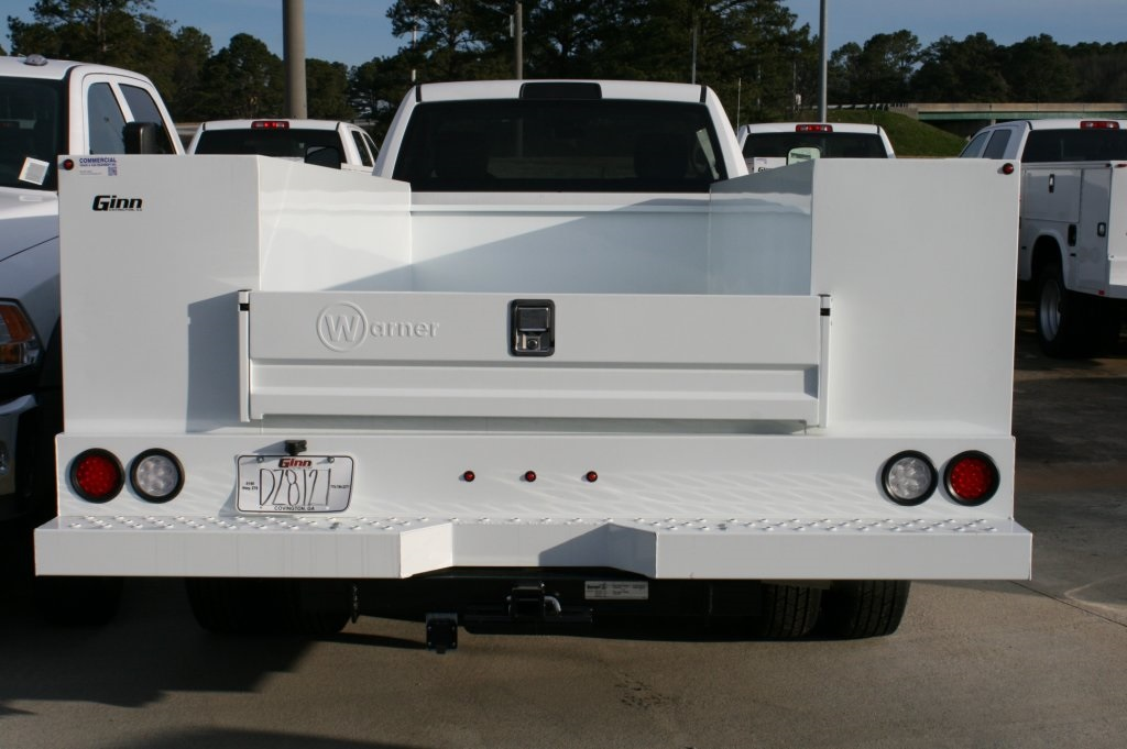 2018 Ram 3500 Regular Cab DRW 4x4,  Warner Service Body #DZ8121 - photo 4