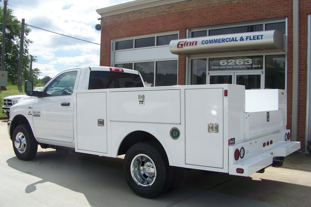 2018 Ram 3500 Regular Cab DRW 4x2,  Warner Service Body #DZ8128 - photo 2
