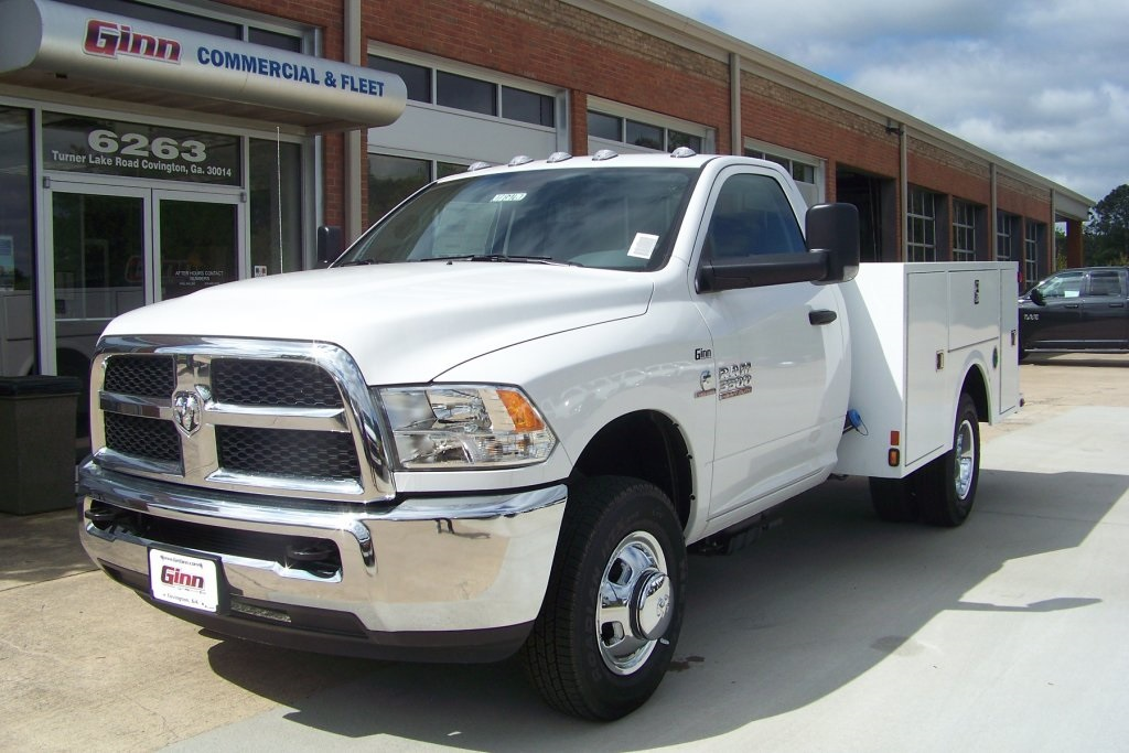 2018 Ram 3500 Regular Cab DRW 4x2,  Warner Service Body #DZ8128 - photo 3