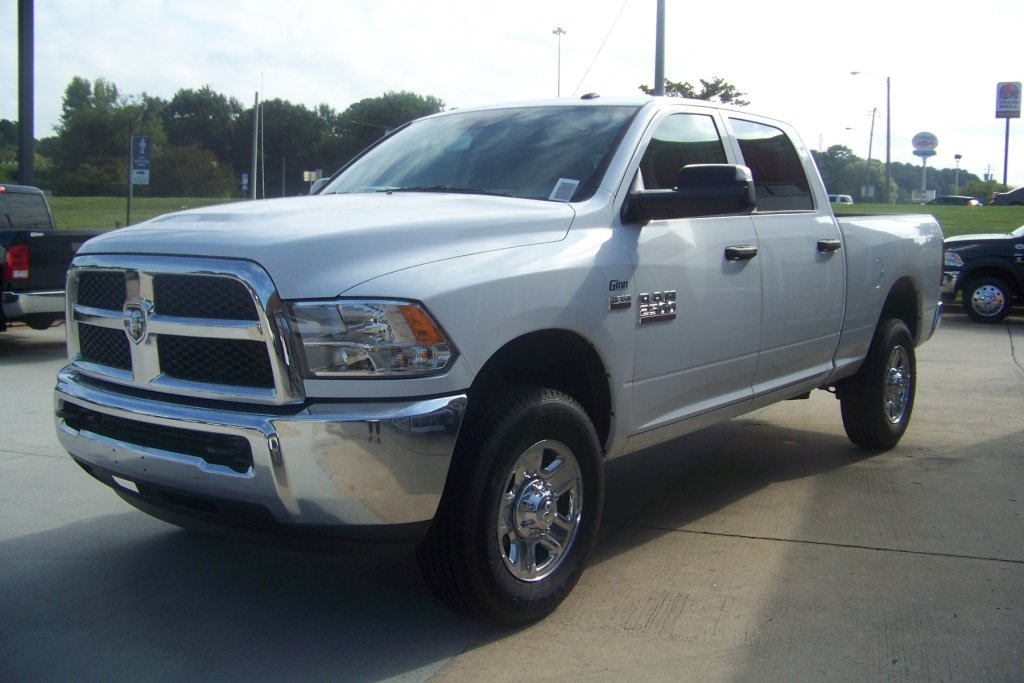 2018 Ram 2500 Crew Cab 4x4,  Pickup #DZ8133D - photo 3