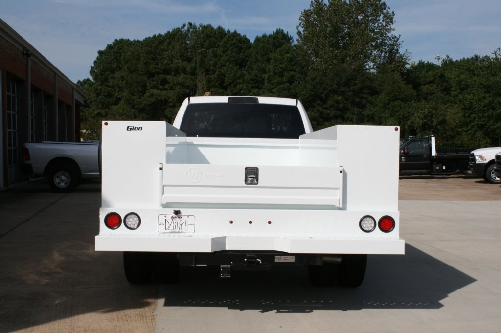 2018 Ram 3500 Crew Cab DRW 4x2,  Warner Service Body #DZ8184 - photo 6