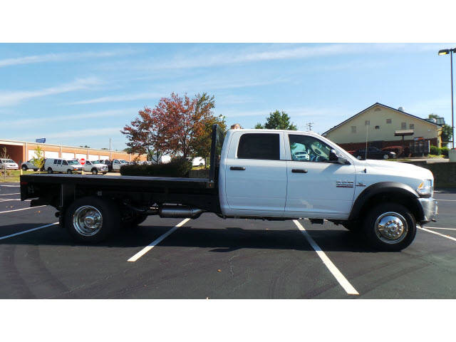 2015 Ram 4500 Crew Cab DRW 4x4, Knapheide Platform Body #JZ5464 - photo 4