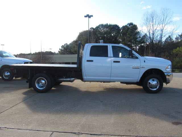 2016 Ram 3500 Crew Cab DRW 4x4, Knapheide Platform Body #JZ6585 - photo 3