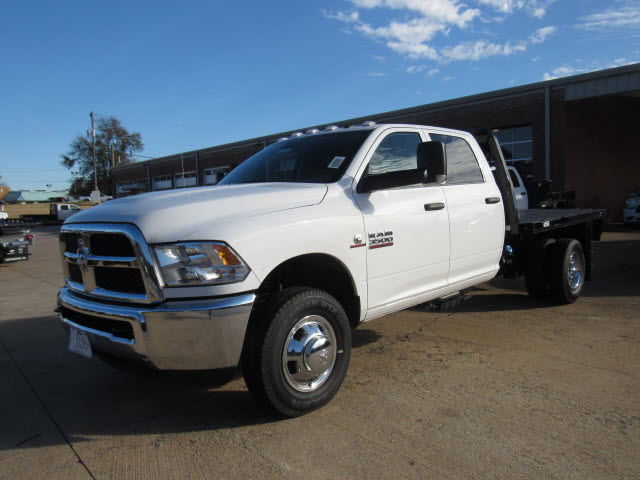 2016 Ram 3500 Crew Cab DRW 4x4, Knapheide Platform Body #JZ6585 - photo 5