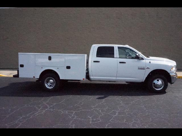 2016 Ram 3500 Crew Cab DRW, Service Body #JZ6624 - photo 3