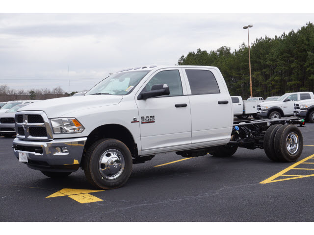 2016 Ram 3500 Crew Cab DRW, Service Body #JZ6624 - photo 21