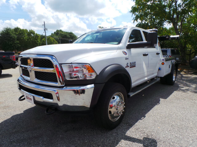 2016 Ram 5500 Crew Cab DRW, Wrecker Body #JZ6785 - photo 26