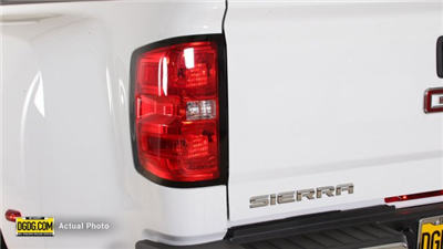 2018 Sierra 3500 Crew Cab 4x4, Pickup #B8081 - photo 10
