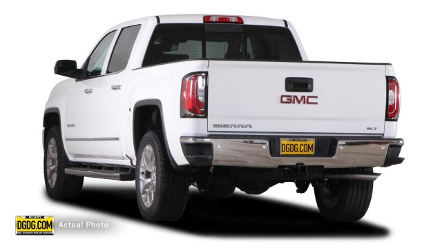 2018 Sierra 1500 Crew Cab, Pickup #B8101 - photo 2