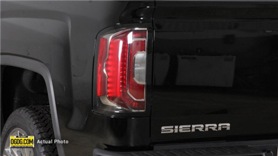 2018 Sierra 1500 Crew Cab 4x4,  Pickup #B8179X - photo 11