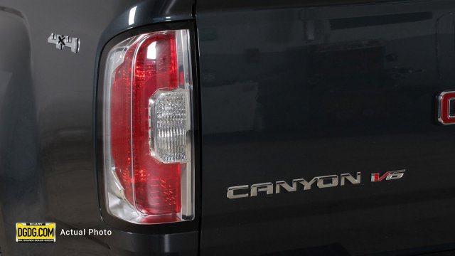 2018 Canyon Crew Cab 4x4, Pickup #B8213 - photo 9