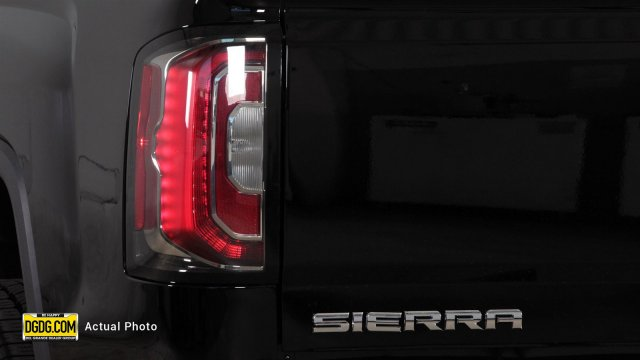 2018 Sierra 1500 Crew Cab 4x4, Pickup #B8301 - photo 8