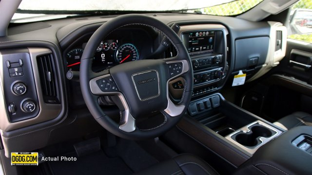 2018 Sierra 1500 Crew Cab 4x4,  Pickup #B8984 - photo 9