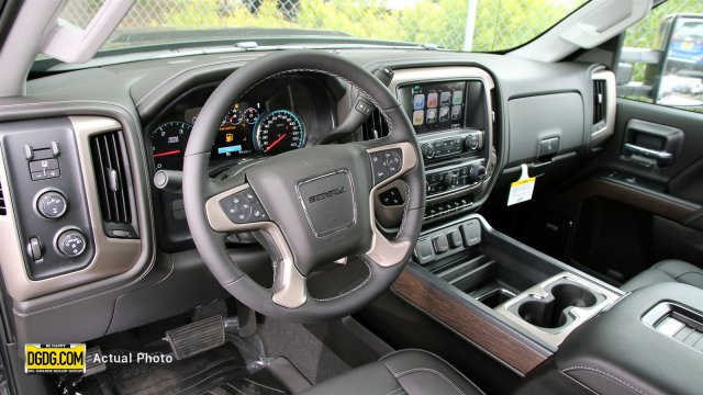 2019 Sierra 2500 Crew Cab 4x4,  Pickup #B9003 - photo 10