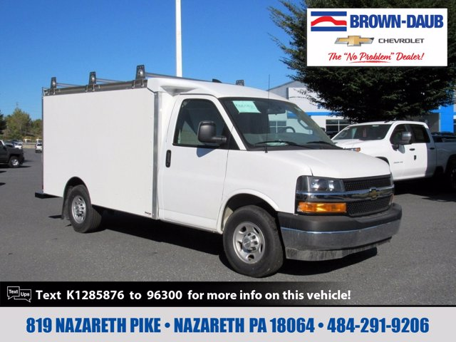 2019 Chevrolet Express 3500 4x2, Supreme Cutaway Van #55618 - photo 1