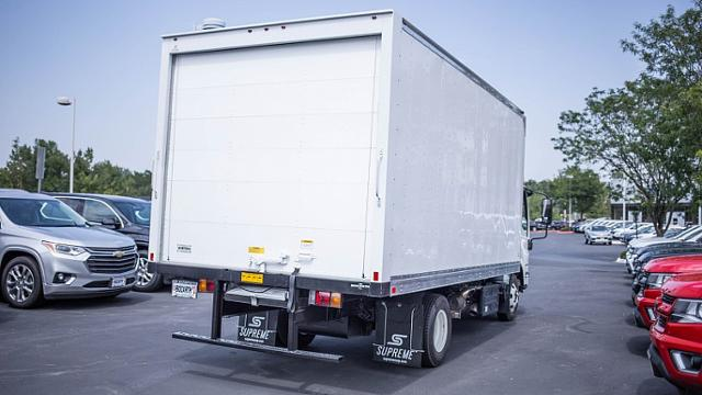 2018 LCF 4500HD Regular Cab,  Supreme Dry Freight #18T1240 - photo 2