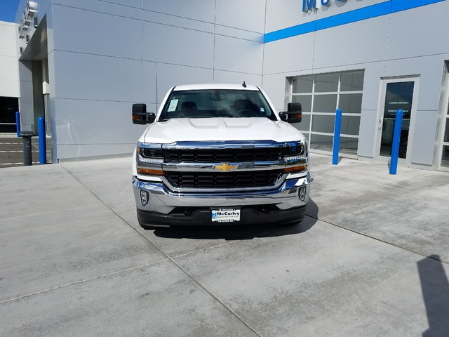 2017 Silverado 1500 Crew Cab 4x4, Pickup #CHH1097 - photo 4