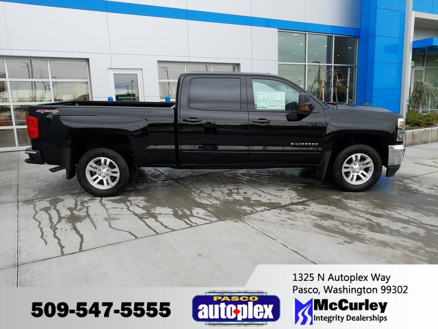 2017 Silverado 1500 Crew Cab 4x4, Pickup #CHH525 - photo 1