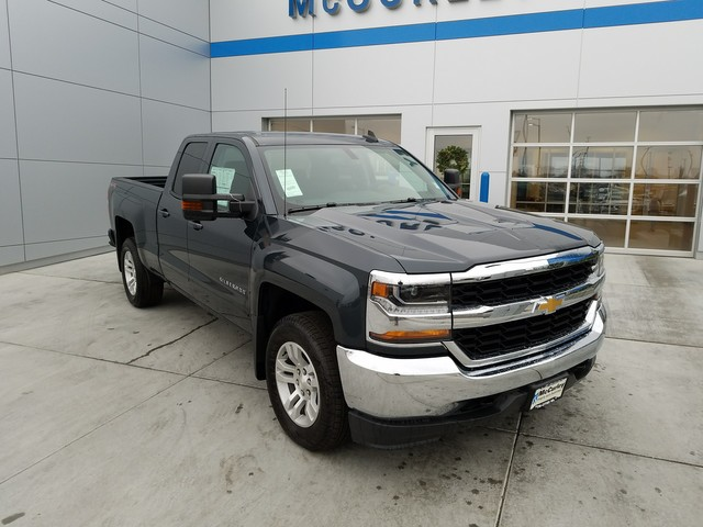 2017 Silverado 1500 Double Cab 4x4, Pickup #CHH819 - photo 3