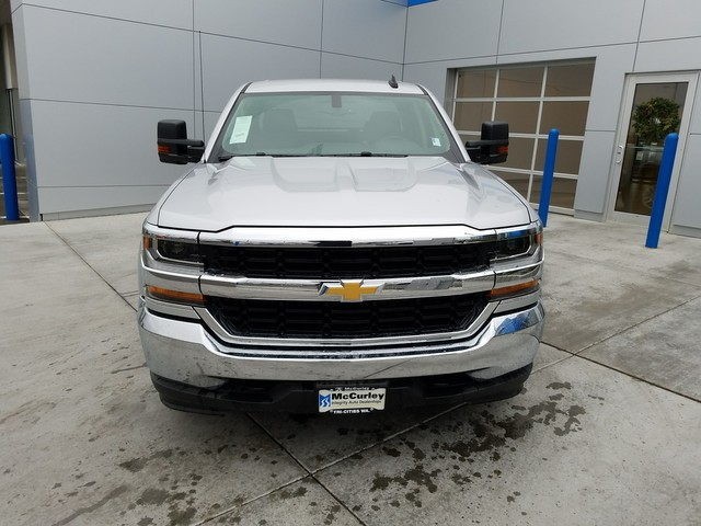 2017 Silverado 1500 Double Cab 4x4, Pickup #CHH824 - photo 3