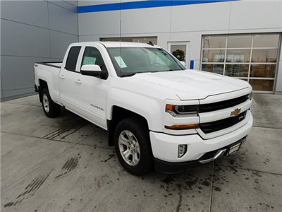 2017 Silverado 1500 Double Cab 4x4, Pickup #CHH945 - photo 3