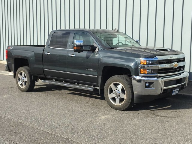 2018 Silverado 2500 Crew Cab 4x4 Pickup #CHJ101 - photo 3