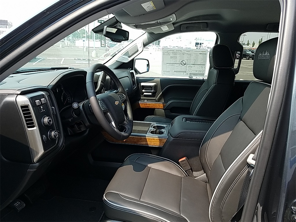 2018 Silverado 1500 Crew Cab 4x4,  Pickup #CHJ1051 - photo 12