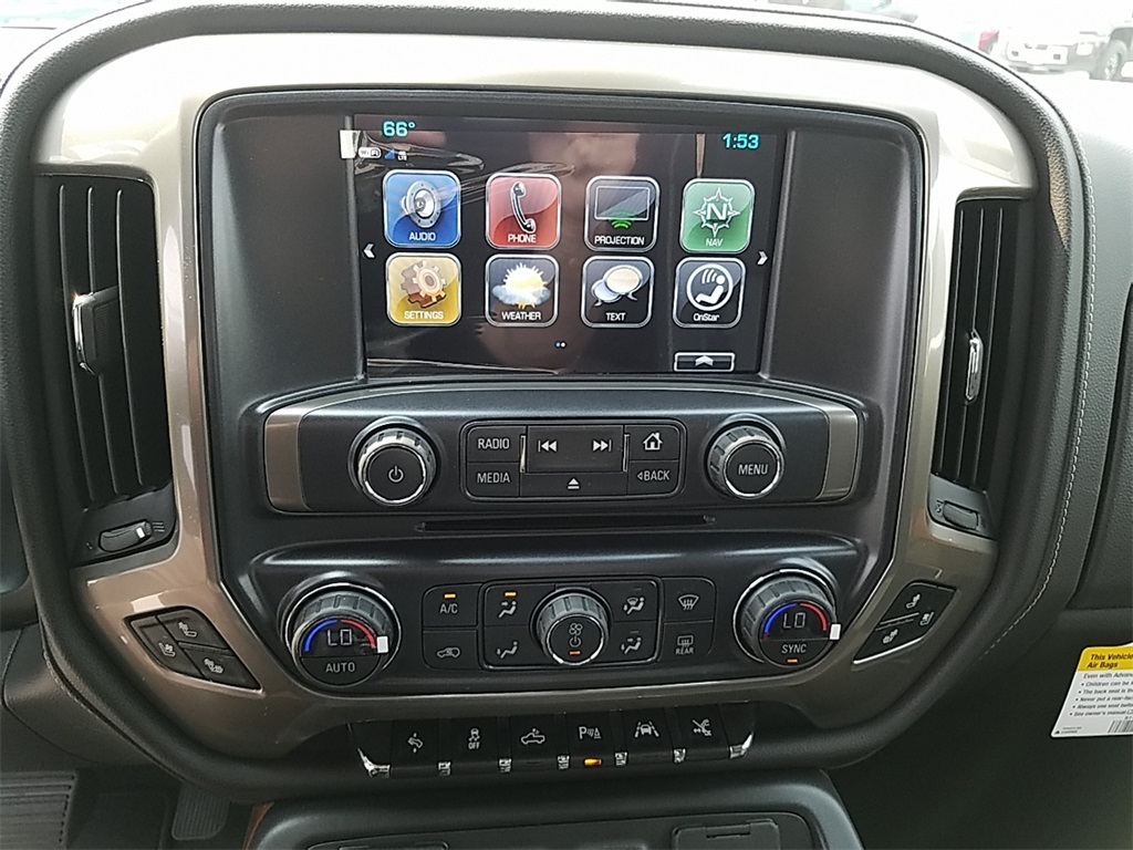 2018 Silverado 1500 Crew Cab 4x4,  Pickup #CHJ1051 - photo 17