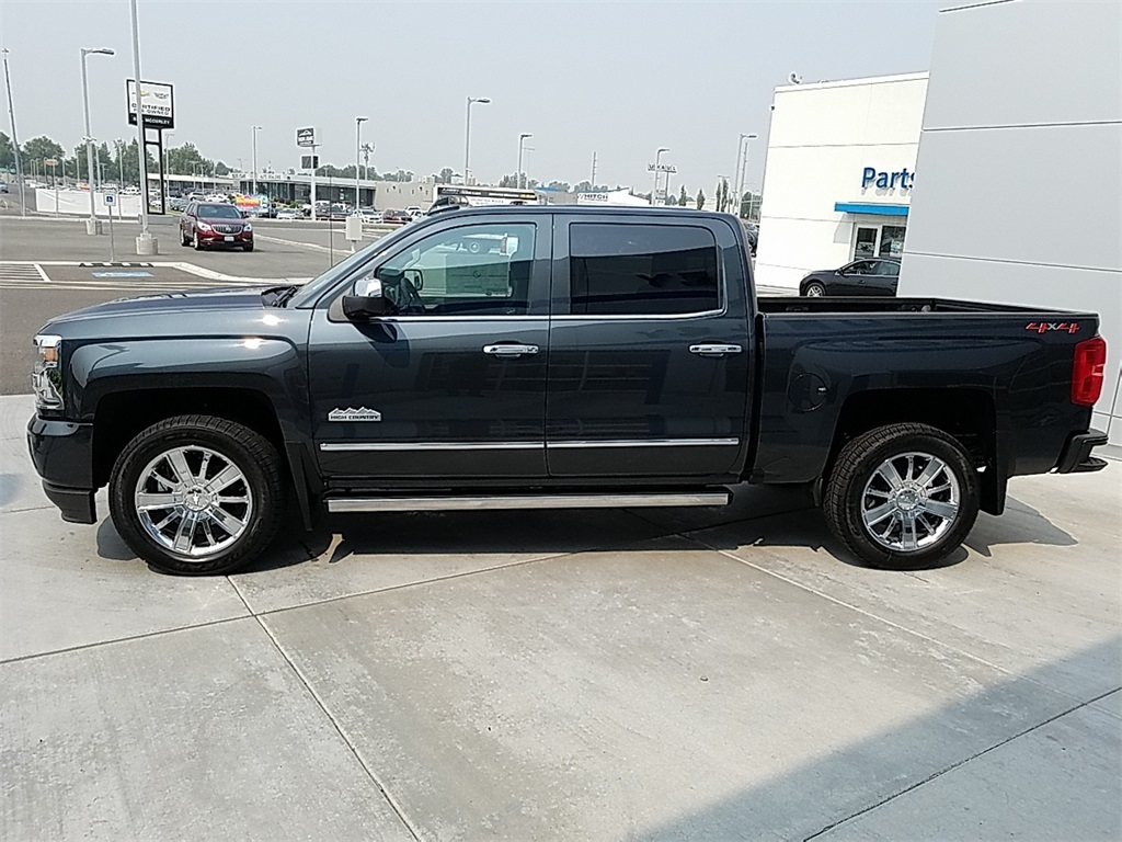 2018 Silverado 1500 Crew Cab 4x4,  Pickup #CHJ1051 - photo 6