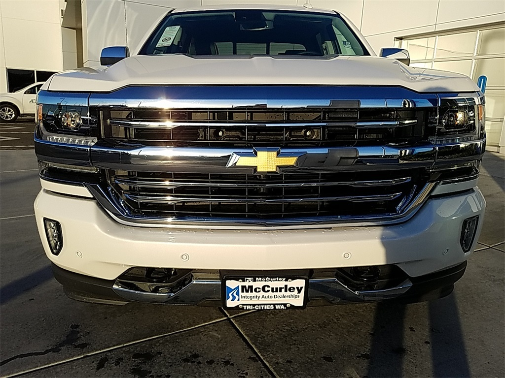 2018 Silverado 1500 Crew Cab 4x4,  Pickup #CHJ1147 - photo 21