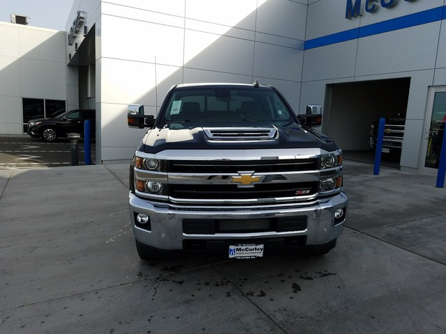 2018 Silverado 2500 Crew Cab 4x4, Pickup #CHJ420 - photo 3