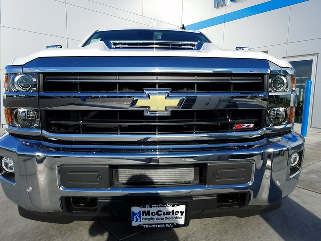 2018 Silverado 2500 Crew Cab 4x4, Pickup #CHJ460 - photo 14