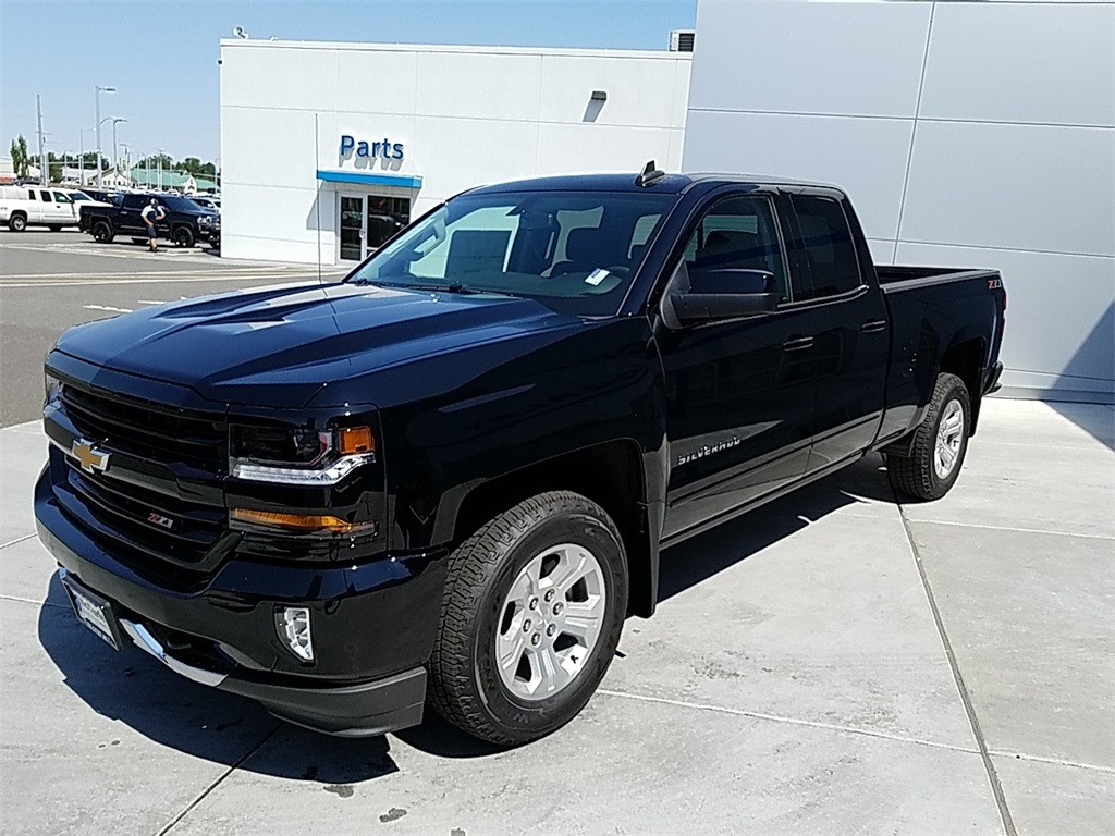 2018 Silverado 1500 Double Cab 4x4,  Pickup #CHJ828 - photo 5