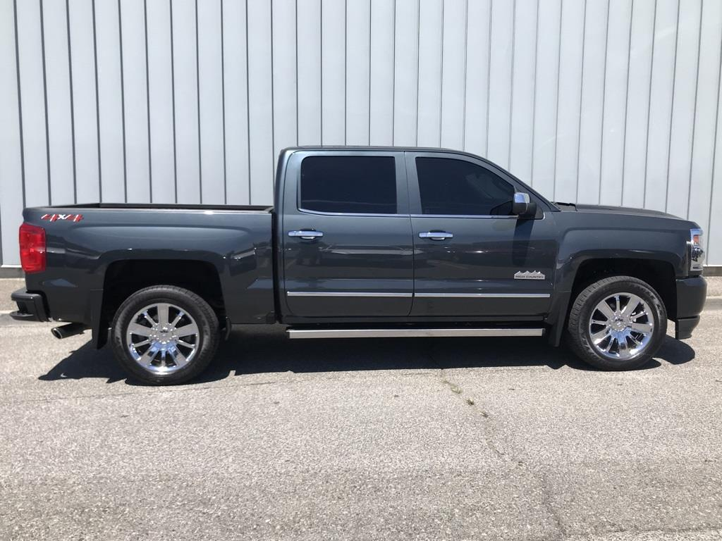 2018 Silverado 1500 Crew Cab 4x4,  Pickup #CHJ950 - photo 4