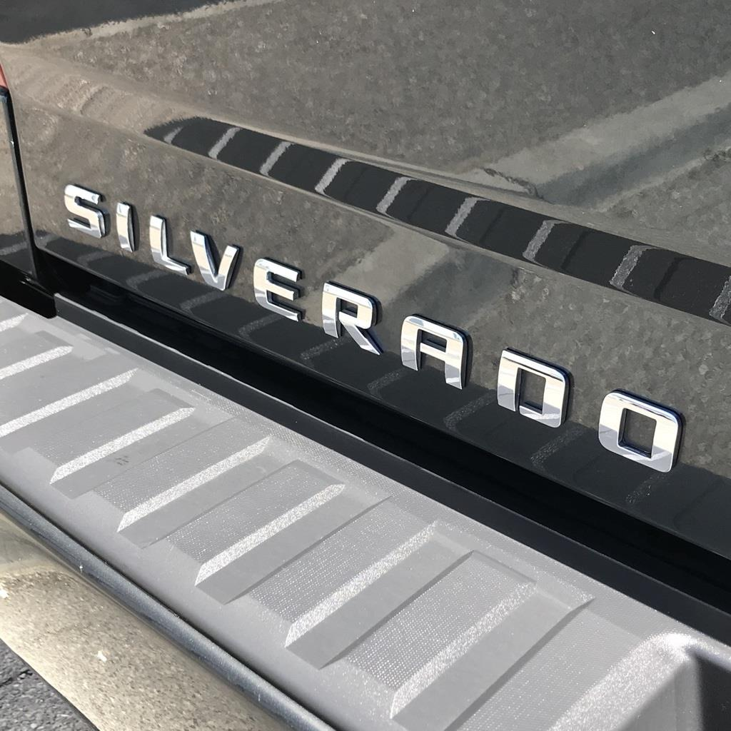 2018 Silverado 1500 Crew Cab 4x4,  Pickup #CHJ950 - photo 2