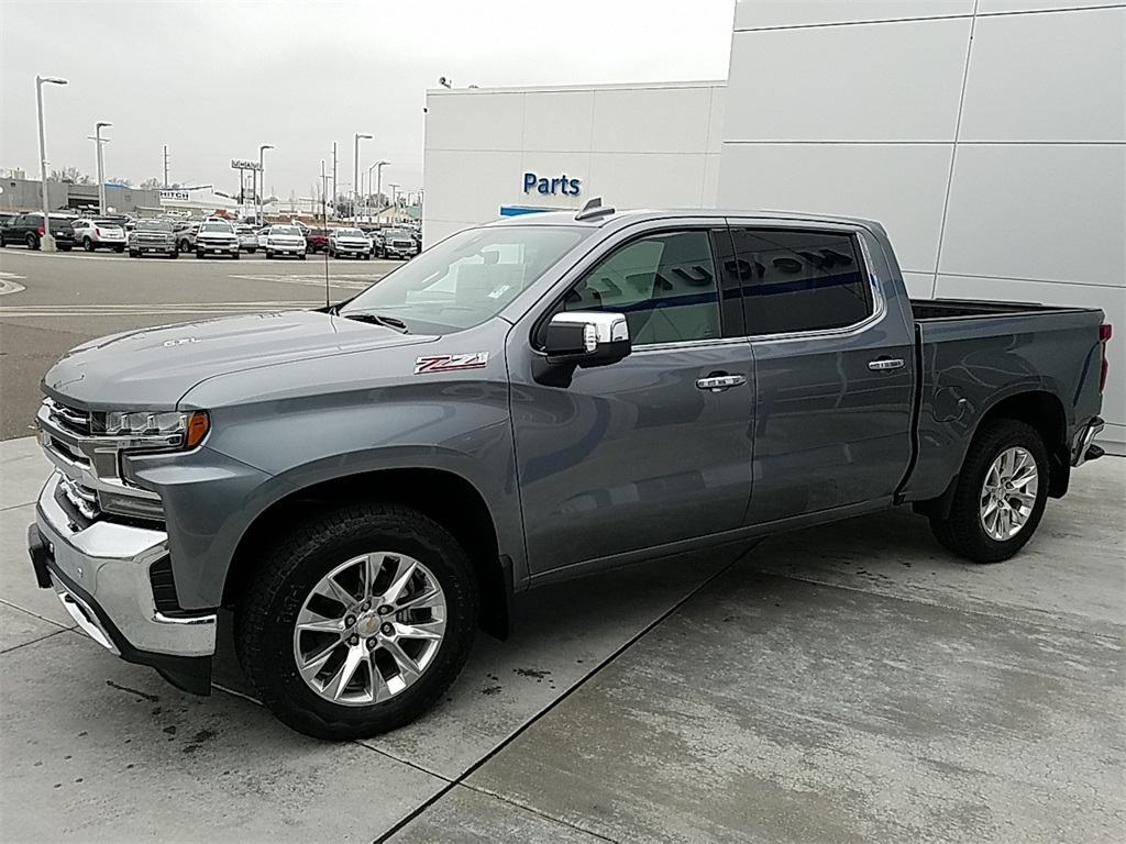 2019 Silverado 1500 Crew Cab 4x4,  Pickup #CHK382 - photo 5