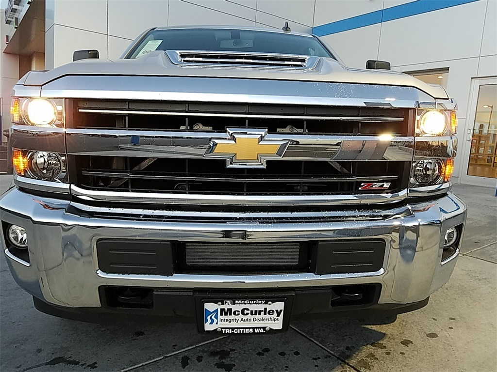 2019 Silverado 2500 Crew Cab 4x4,  Pickup #CHK433 - photo 21