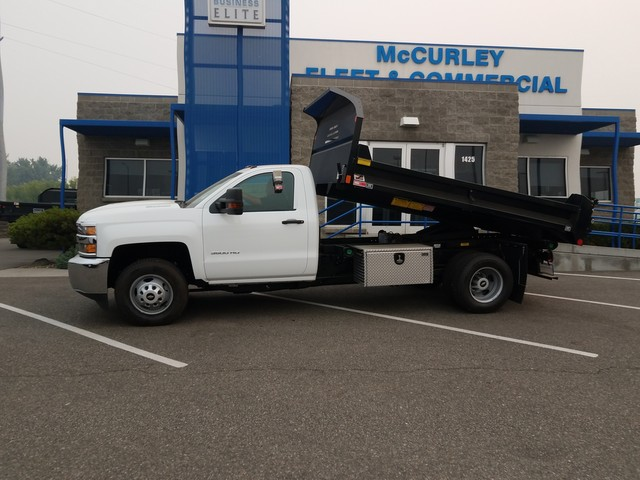 2017 Silverado 3500 Regular Cab 4x4, Dump Body #FCHH1162 - photo 3