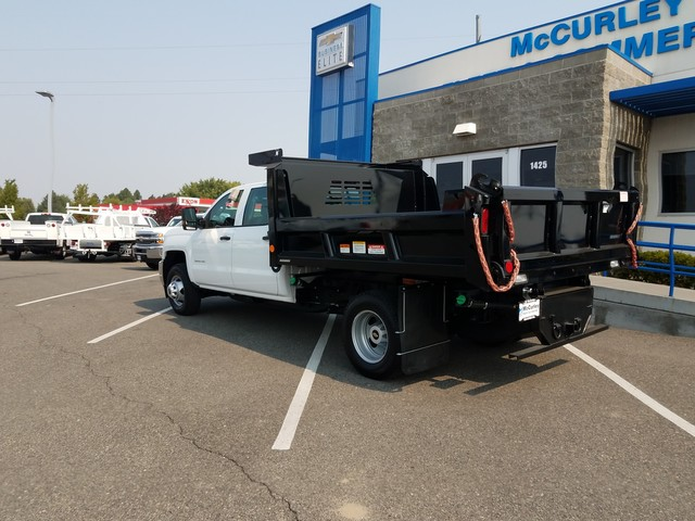 2017 Silverado 3500 Crew Cab DRW 4x4, Dump Body #FCHH1196 - photo 2