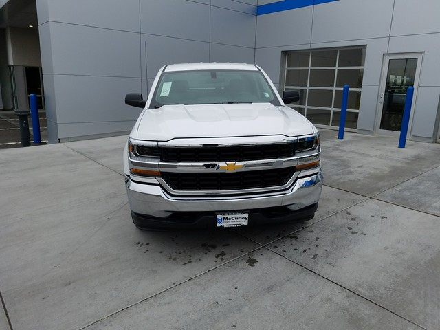 2018 Silverado 1500 Crew Cab 4x4 Pickup #FCHJ115 - photo 3