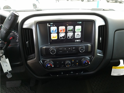 2018 Silverado 1500 Crew Cab 4x4, Pickup #FCHJ312 - photo 10