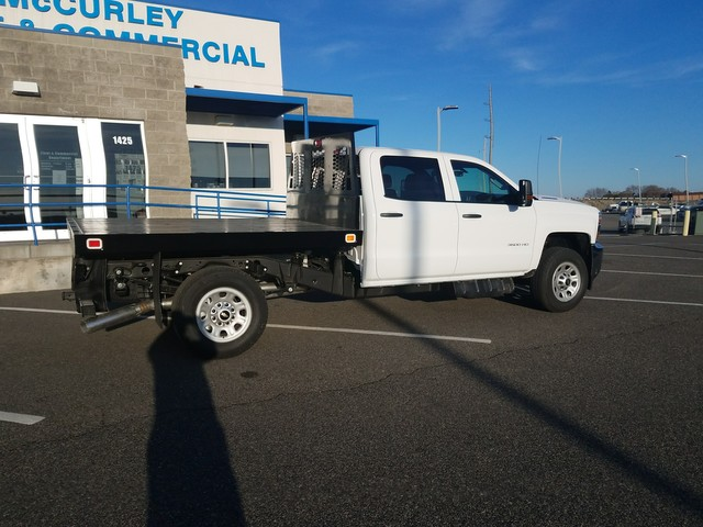 2018 Silverado 3500 Crew Cab 4x4, Platform Body #FCHJ337 - photo 2